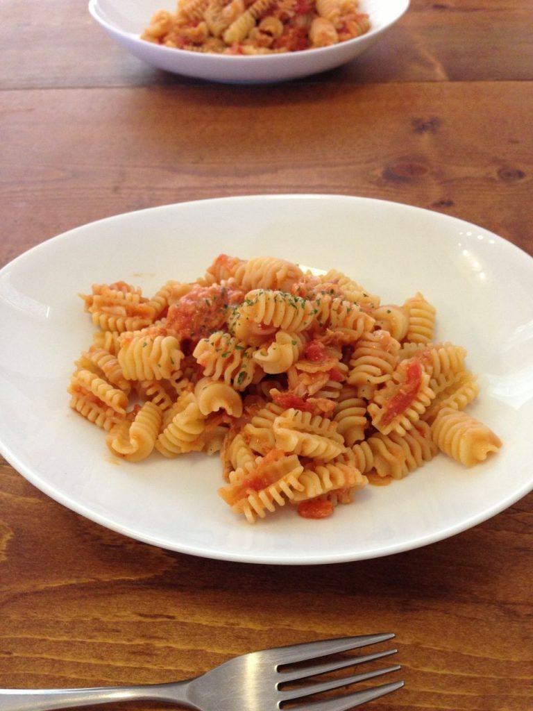 [レシピ]連休最終日のランチはお手軽なツナとトマトのパスタで!